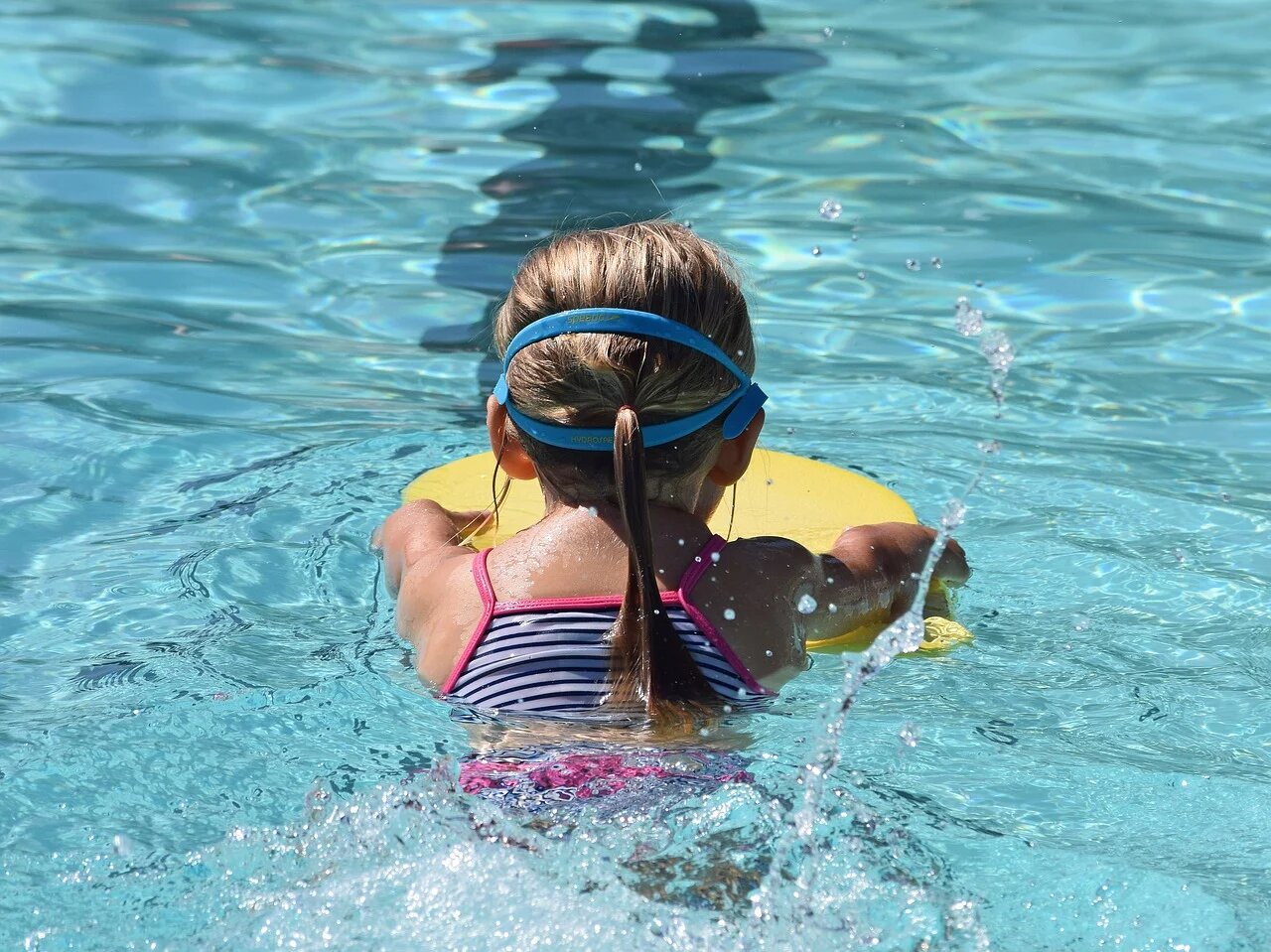 Schwimmkurse retten Leben – Alle Nettetaler Kinder sollen trotz Corona schwimmen können.